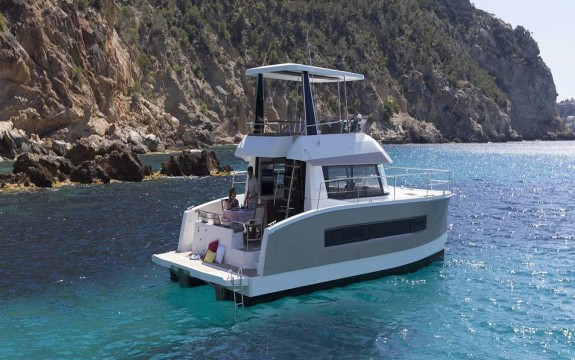 Motor Yacht 37 With Watermaker & A/c - Plus